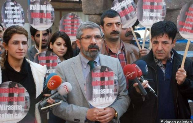 Amsterdam: Turkse-Koerdische bijeenkomst